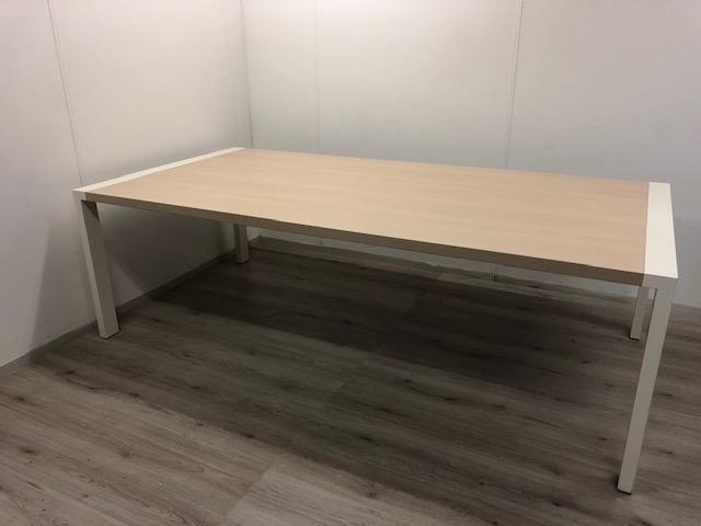 Tafel Witte Poten : Tafel 240x120 cm met witte poten bureaustoel.nu